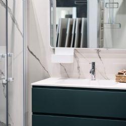 box doccia e mobile bagno